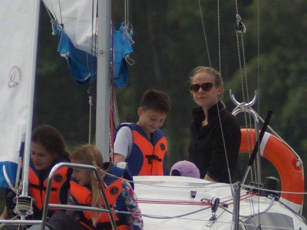 sternik na łodzi